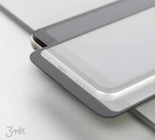 Tvrdené sklo 3 mastných kyselín HardGlass Max Lite pre Apple iPhone 13, čierna